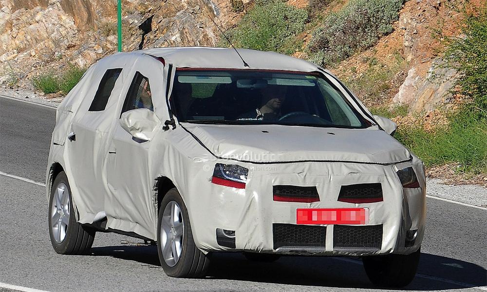 Фотошпионы поймали Renault Sandero во время тестов во Франции