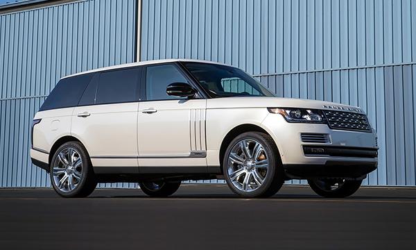 Land Rover выпустит конкурента для Bentley Bentayga