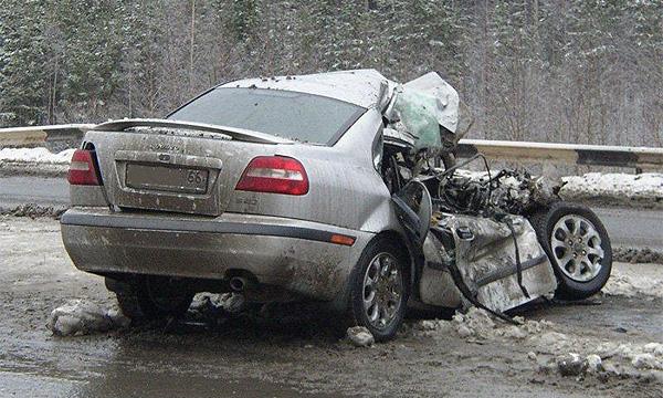 Каждый день на дорогах России гибнут 100 человек