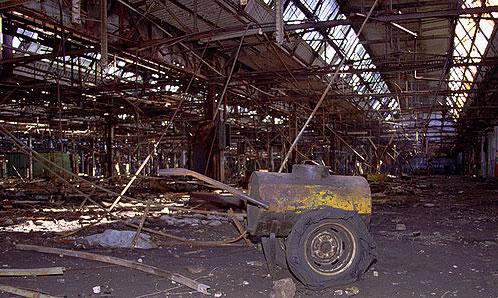 Производственные помещения АЗЛК вызывают ассоциации с Хиросимой