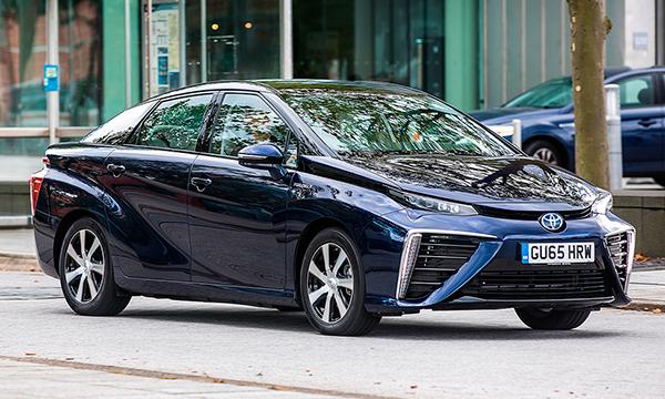 Очередь на водородную Toyota Mirai в Японии растянулась на три года
