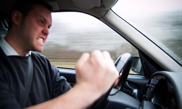 За агрессивное вождение будут лишать прав