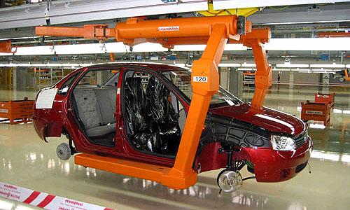 АвтоВАЗ снизит цены на свою продукцию