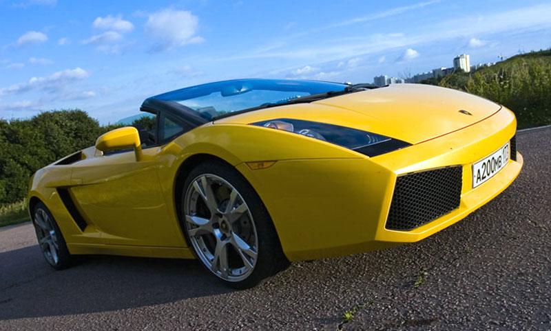Прекрасная Lamborghini Gallardo Spider