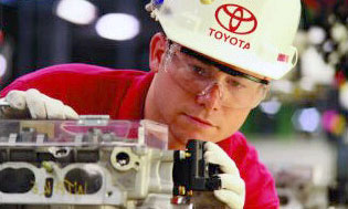 Японская компания Toyota продолжает победно шагать по Северной Америке