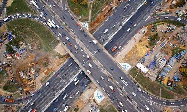 Названы самые быстрые вылетные магистрали Москвы