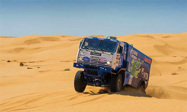 В пустыню на метане: КамАЗ создал первый гибрид