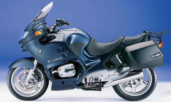 BMW отзывает 90 000 мотоциклов