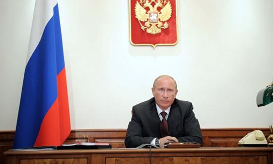 Владимиру Путину рассказали, сколько стоят дороги в России