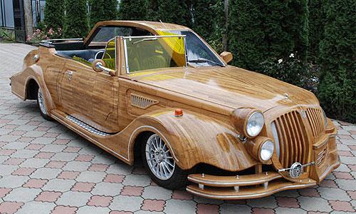 На Украине построили деревянный автомобиль