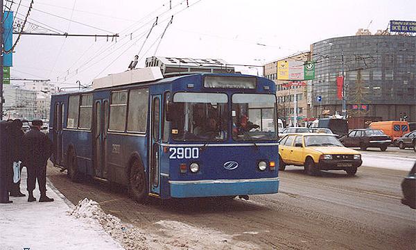 В столице начали организовывать спецполосы для общественного транспорта