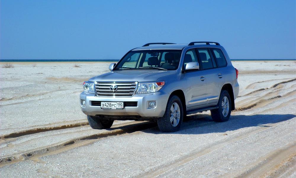 Бес дорожья. Тест-драйв Toyota Land Cruiser 200