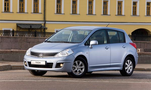 Nissan прекращает продажи моделей Note и Tiida в России