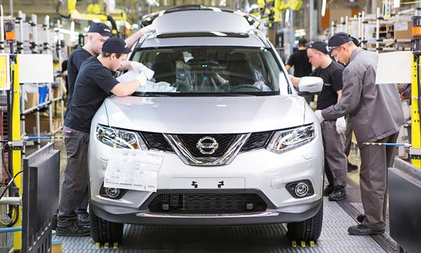 Завод Nissan в Санкт-Петербурге остановил конвейер