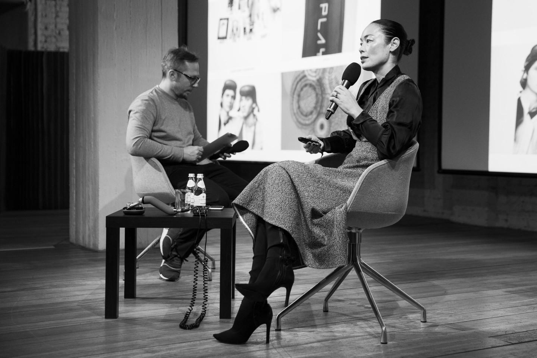 Антон Белов и Сесилия Дин на public talk«The Art of Going Commercial»