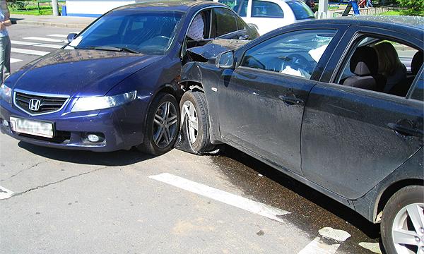 За разбитую машину будут платить по-новому