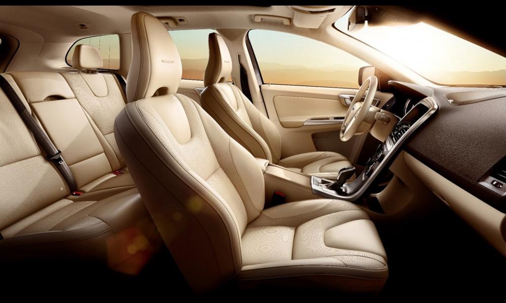Volvo представила кроссовер XC60 Inscription