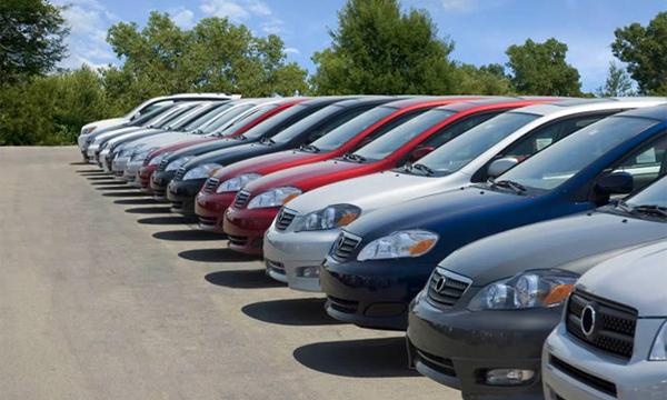 Украина отказалась от поставок автомобилей в Крым