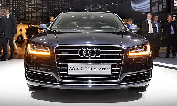 Audi A8 получила оптику будущего