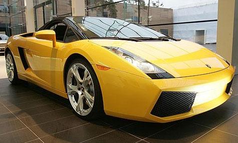 В Москве открылся автосалон Lamborghini