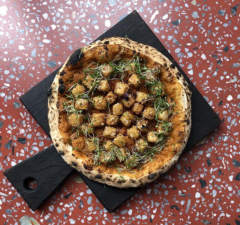Неаполитанская пицца Spicy sexy tofu от шеф-повара Елены Савчук