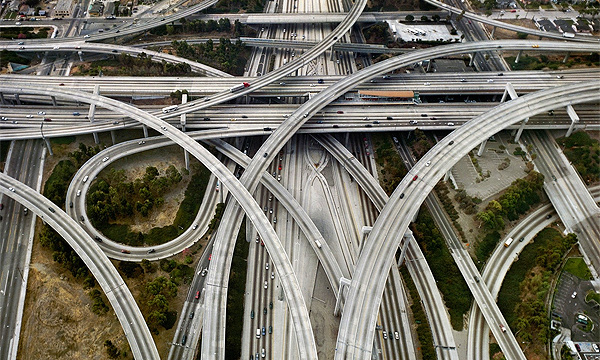 На Варшавском шоссе построят многоуровневую развязку