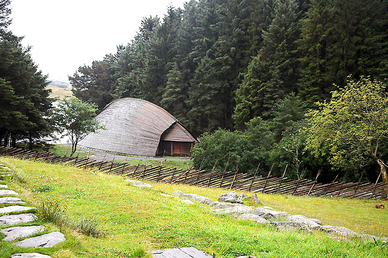 Ангары для своих судов викинги строили в виде перевернутых лодок
