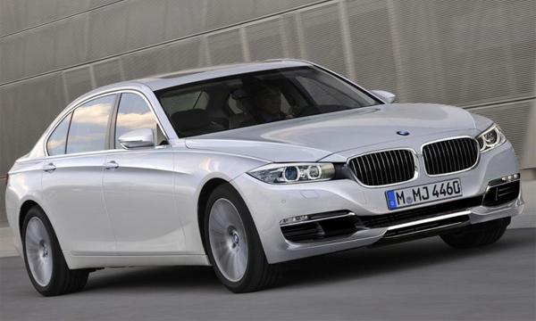 Новая BMW 7-Series станет легче на 250 килограммов
