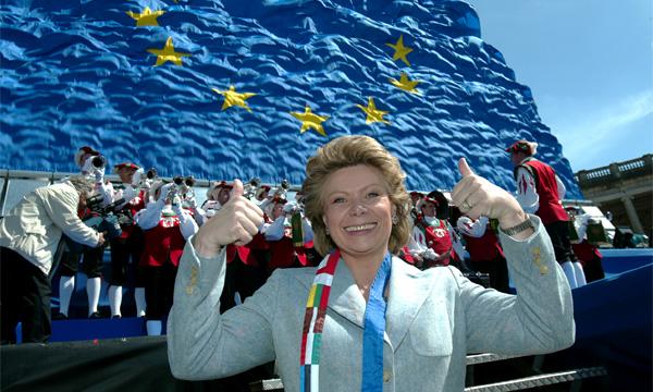 Комиссар ЕС Вивьен Рединг