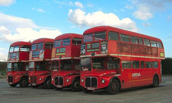 Для британских автобусов выделят отдельные полосы