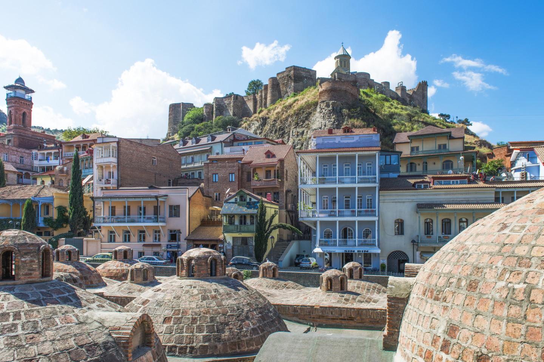 Вид на крепость Нарикала, Тбилиси