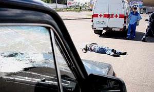 Сотрудник милиции сбил троих пешеходов