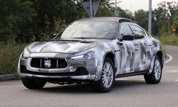 Кроссовер Maserati Levante замечен на тестах