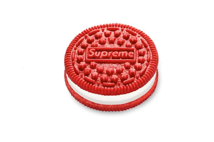 Печенье Oreo с логотипом Supreme
