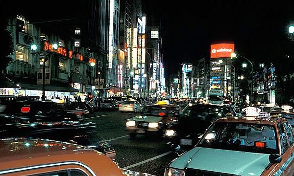 Авторынок Японии упал до 40-летнего минимума