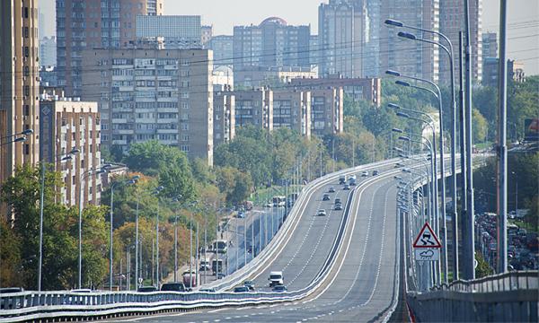 На Можайском шоссе открыли самую длинную эстакаду в Европе