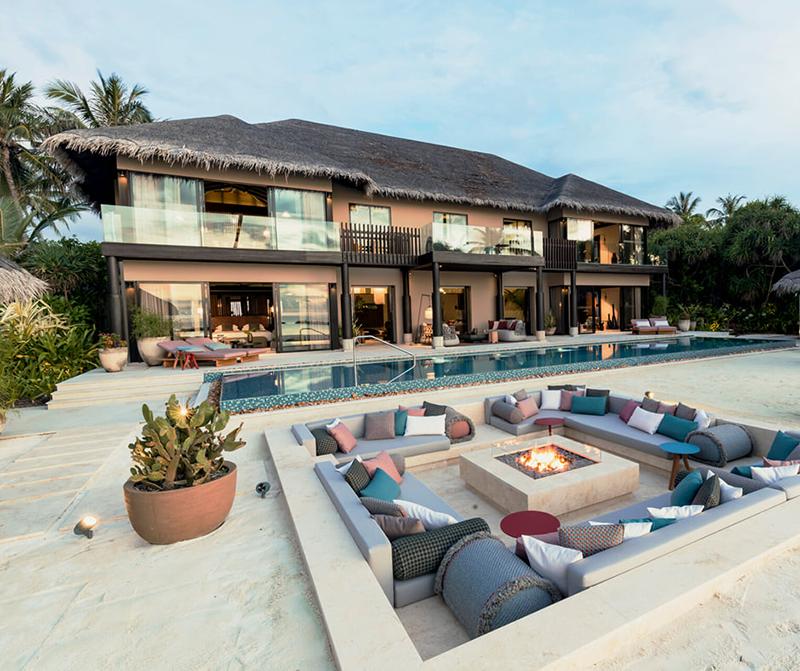 Отель Velaa Private Island Maldives