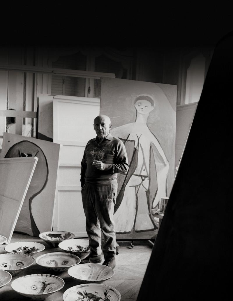 Пабло Пикассо в мастерской
