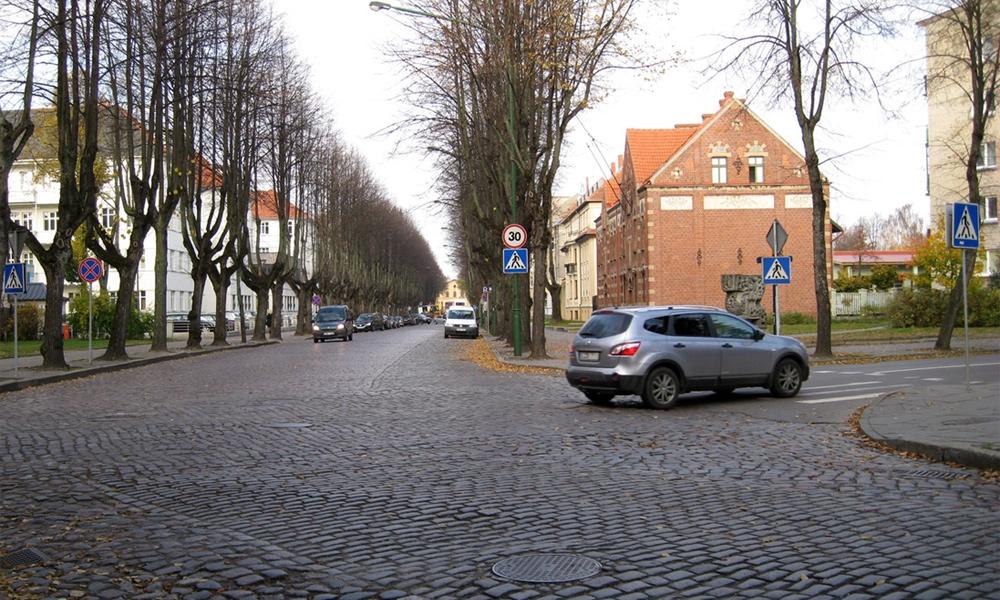 Путешествуем по Латвии и Литве. Дороги и транспорт