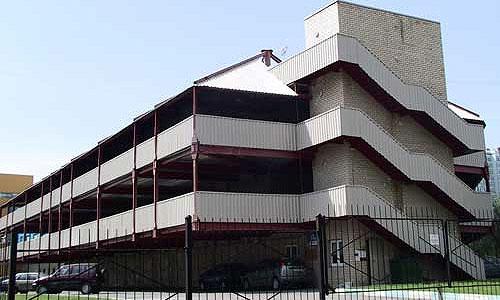 Народные гаражи построят на месте плоскостных стоянок