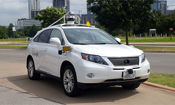 Беспилотный автомобиль Google впервые стал виновником ДТП