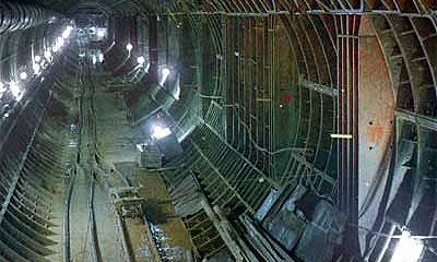 Ремонт тоннеля под Ла-Маншем после пожара затянется до февраля