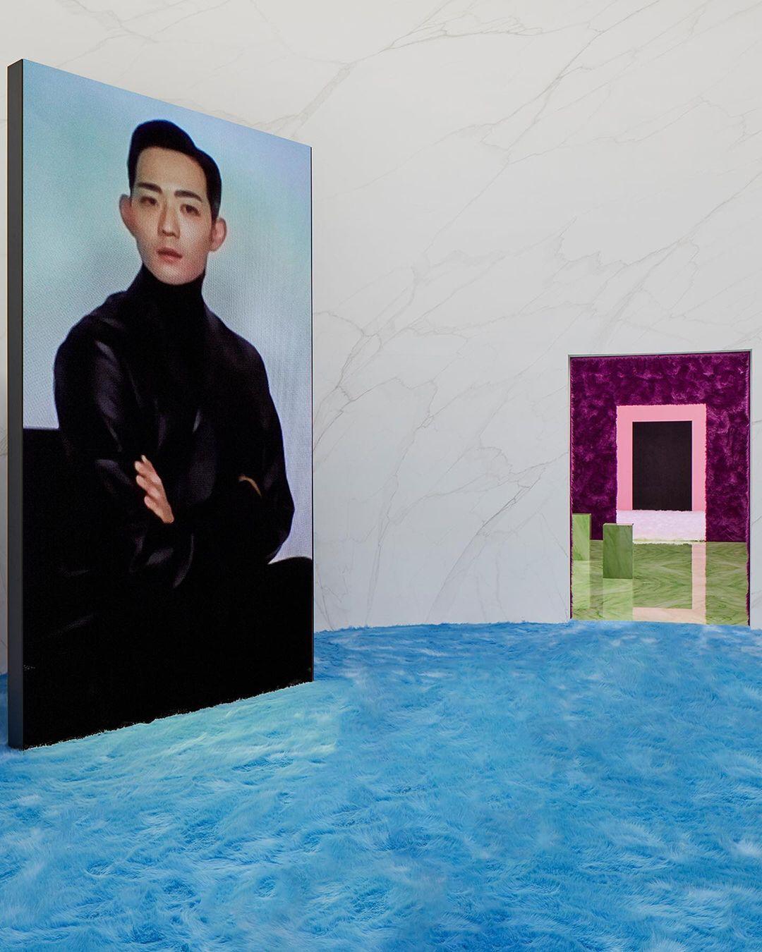 Один из виртуальных гостей показа Prada, японский актерРеРюсэи