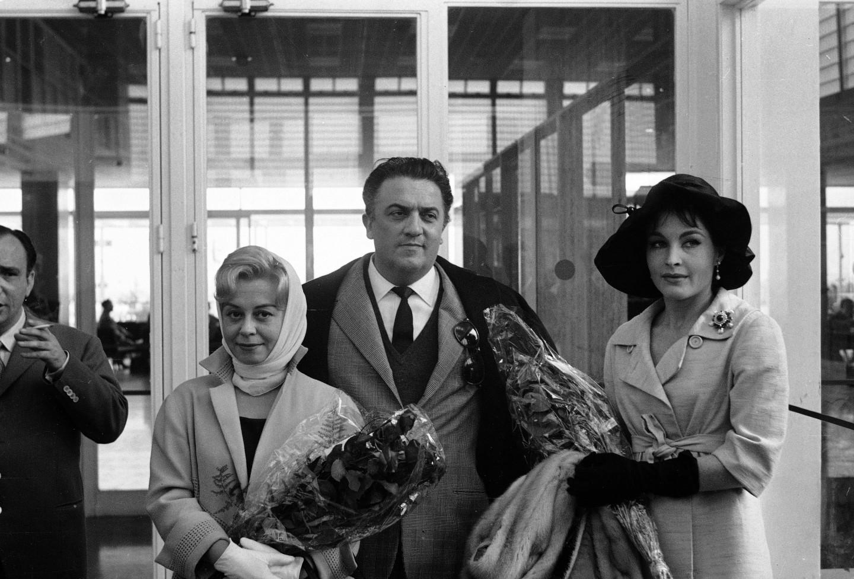 Федерико Феллини с актрисами Джульеттой Мазиной и Ивонн Фурно
