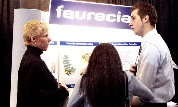 Французский поставщик Faurecia сокращает штат