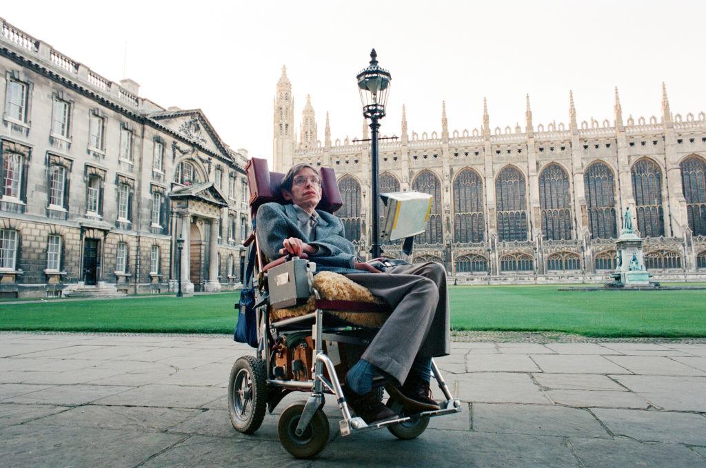 Стивен Хокинг в Кембриджском университете, 1988