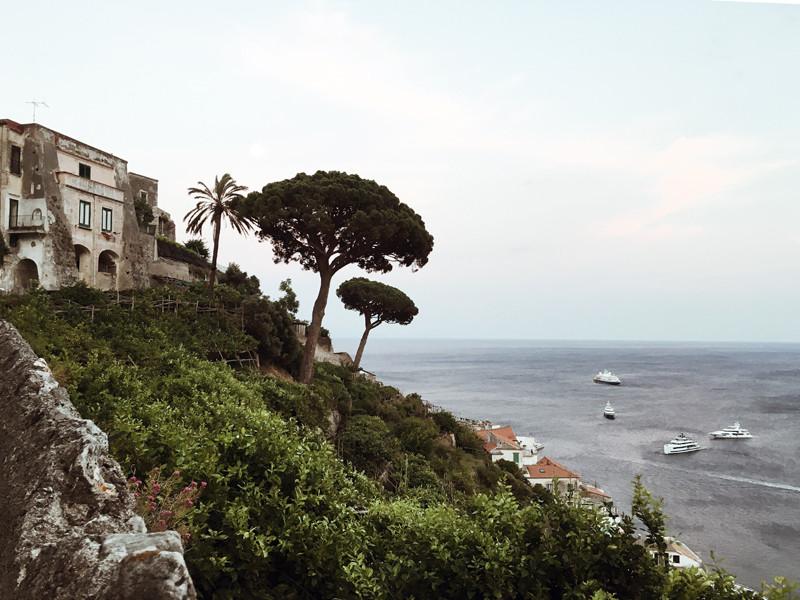 Вид на море со стороныАмальфи
