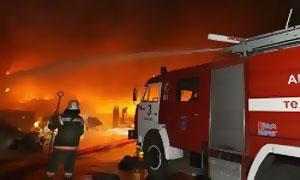 В Петербурге сгорел склад автомобильных шин