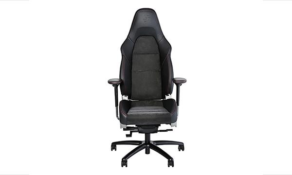Компания Porsche разработала офисное RS-кресло за шесть тысяч долларов