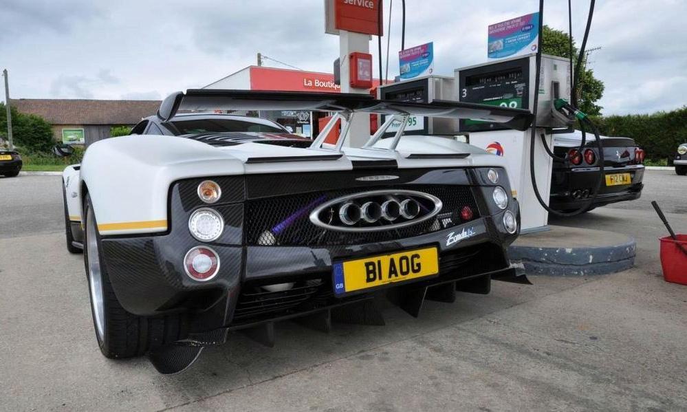 Британец разработал уникальный спорткар на базе Pagani Zonda